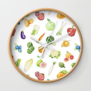 """mock up de un reloj con uno de los estampados de """"La Huerta"""""""